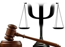 Símbolo de la justicia y mazo de juez
